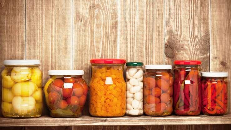 Конзервирање на храна за претстојниот зимски период