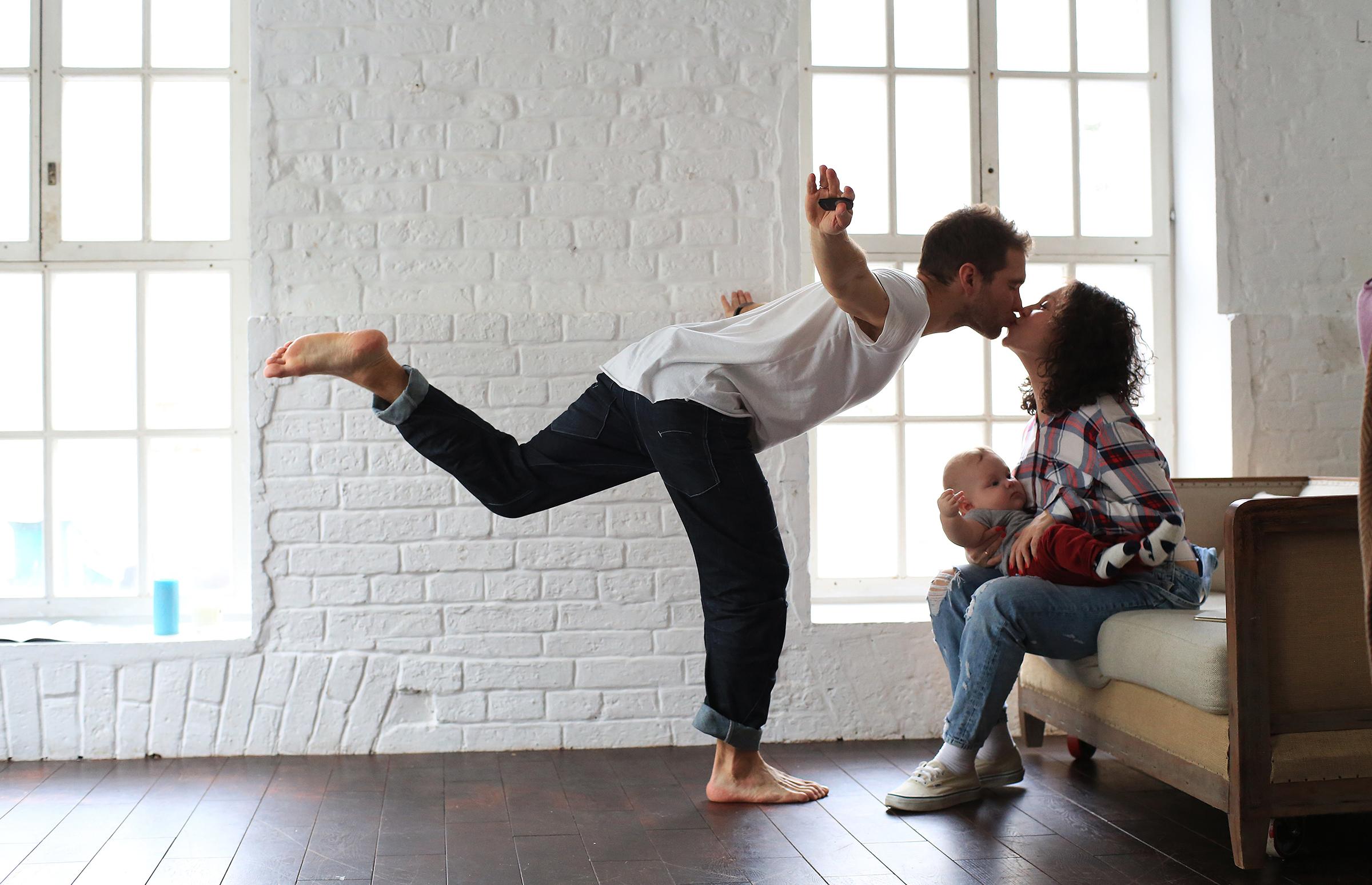 Како да се одржи страста меѓу родителите