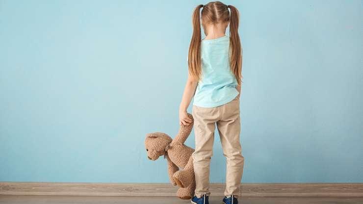 Autizmi është shumë më tepër sesa një fëmijë jo i qetë dhe i pabindur!