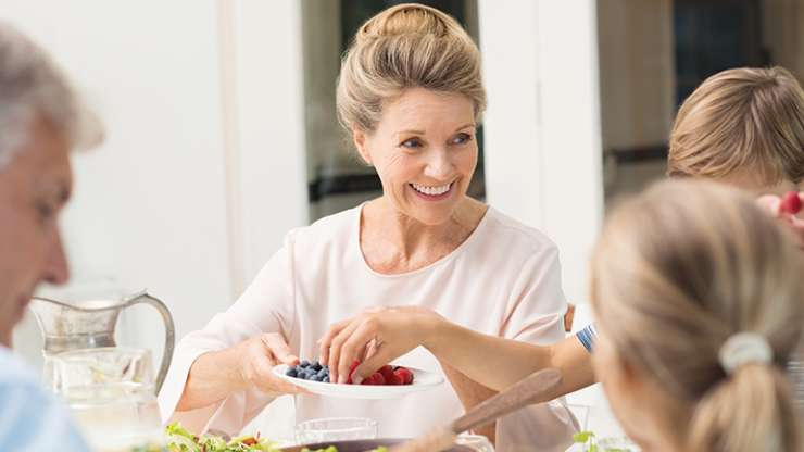 Менопауза: Храна за полесна промена